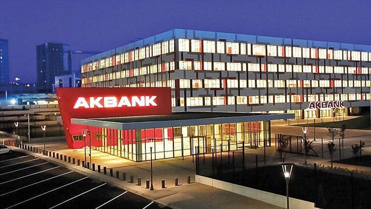 Akbank'ta hesaplara dün de ulaşılamadı