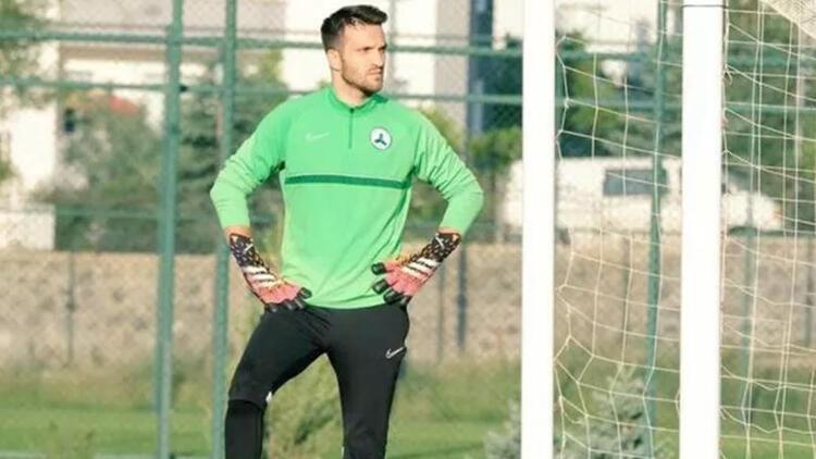 Son Dakika Transfer Haberi: Galatasaray resmen açıklamadı ama yeni takımıyla idmana çıktı