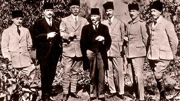 Mustafa Kemal'in 'imkânsız' yolculuğunun öyküsü