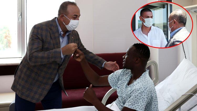 Dışişleri Bakanı Çavuşoğlu, kalp spazmı geçiren Alanyasporlu futbolcu Babacar'ı ziyaret etti