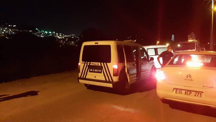 Bodrum'da motosiklet virajda yoldan çıktı: 2 kişi hayatını kaybetti