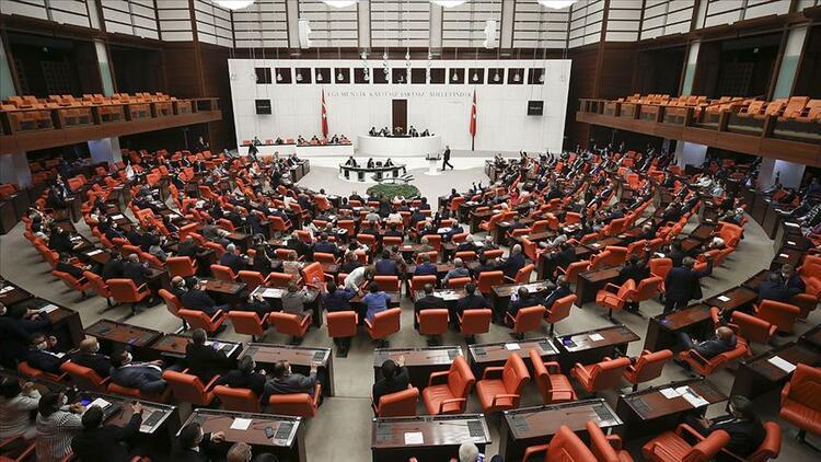 Son dakika haberi: Ekonomiye ilişkin teklif TBMM Plan ve Bütçe Komisyonu'nda kabul edildi