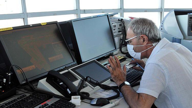 15 Temmuz gecesi kule şefi Enver Yavuz Atatürk Havalimanı'nda yaşananları anlattı