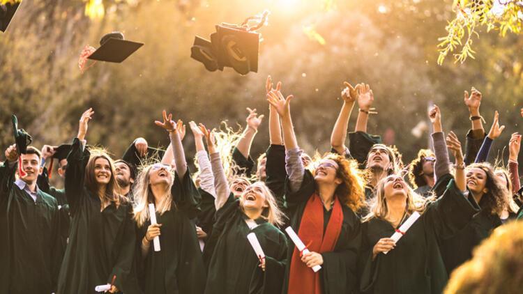 47 yılda 50 bin öğrenciye burs