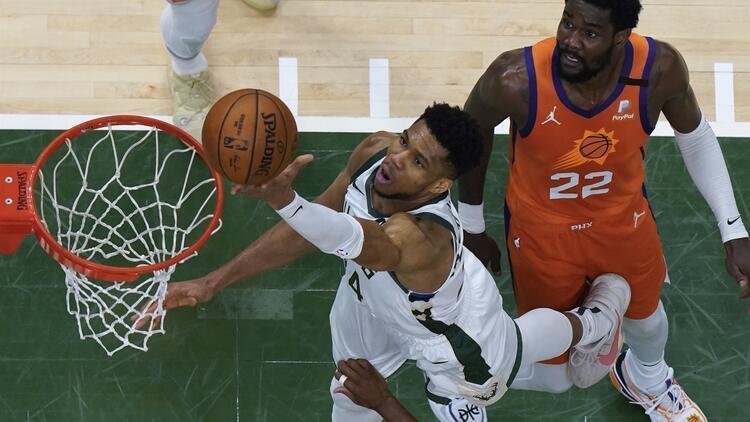 NBA'de Gecenin Sonuçları: Suns'ı 109-103 yenen Bucks final serisini 2-2'ye getirdi