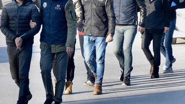 İzmir merkezli 47 ilde FETÖ operasyonu! 76 zanlı tutuklandı