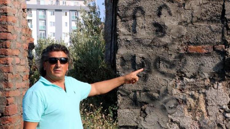 Antik kentte tepki çeken görüntü! Duvarları karalama defteri gibi