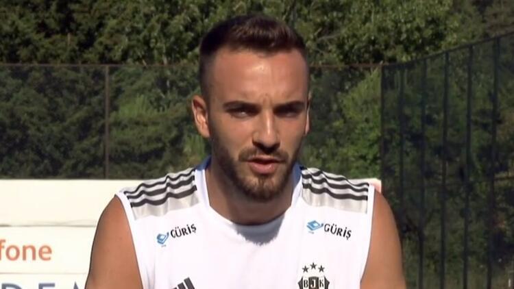 Son dakika: Beşiktaş'ın yeni transferi Kenan Karaman: 'Başka teklifler de aldım'