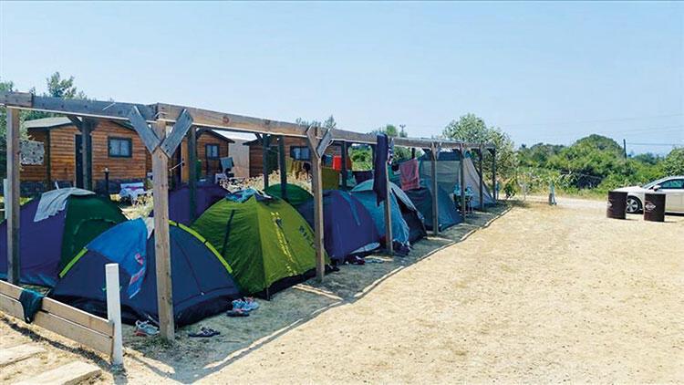 Bozcaada'da boş oda kalmadı