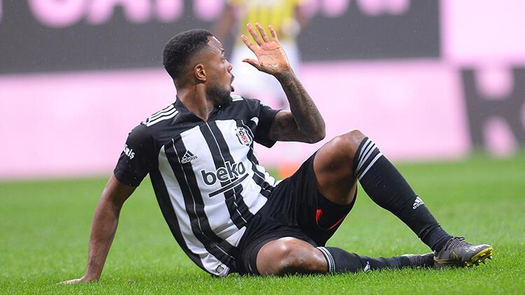 Son Dakika: Beşiktaş'a Cyle Larin'den kötü haber