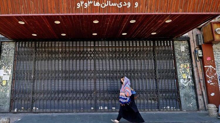 İran'da bir günde Kovid-19'dan 250 kişi hayatını kaybetti