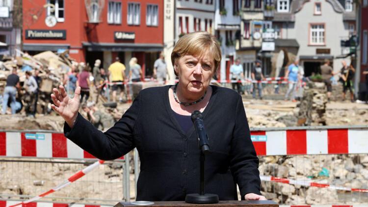 Merkel'den 'Yaralarınızı saracağız' sözü