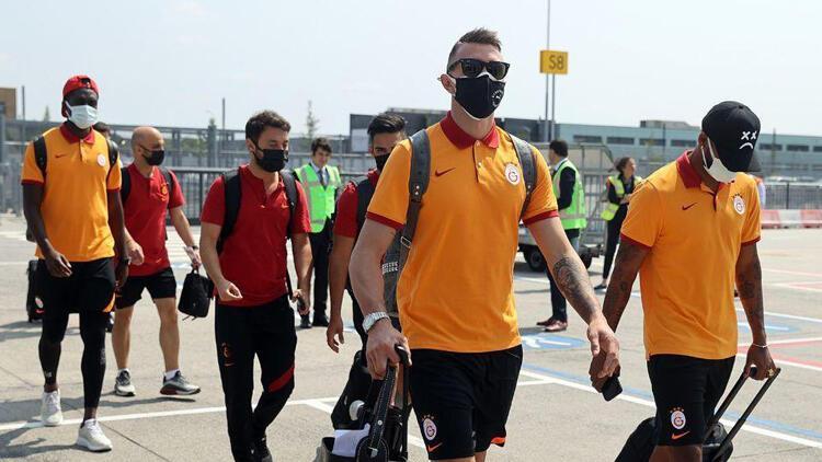 Galatasaray'a Hollanda'da coşkulu karşılama