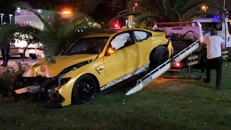 Gece yarısı Caddebostan'da ilginç olay! Lüks araçla kaza yapıp kaçtı