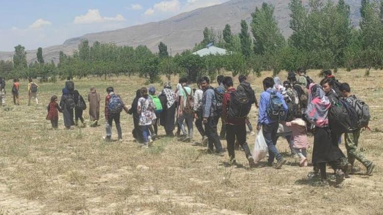 Van'da yurda yasa dışı yollarla giren 80 yabancı uyruklu yakalandı