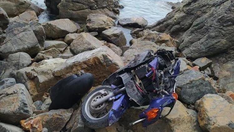 Motosikletiyle uçurumdan uçan sürücü hayatını kaybetti