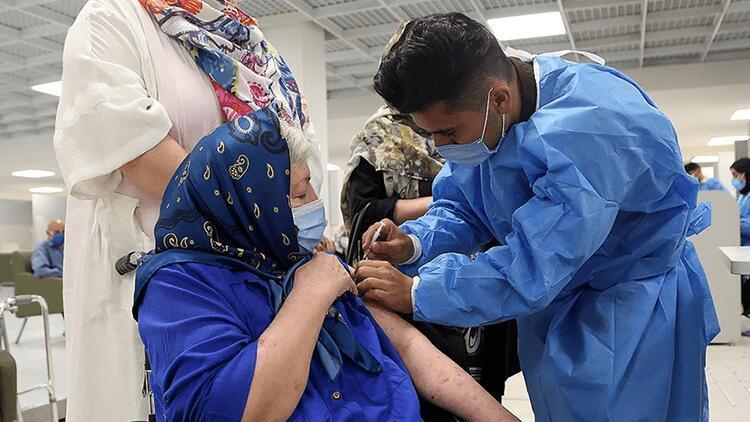 İranda son 24 saatte Kovid-19dan 268 kişi hayatını kaybetti