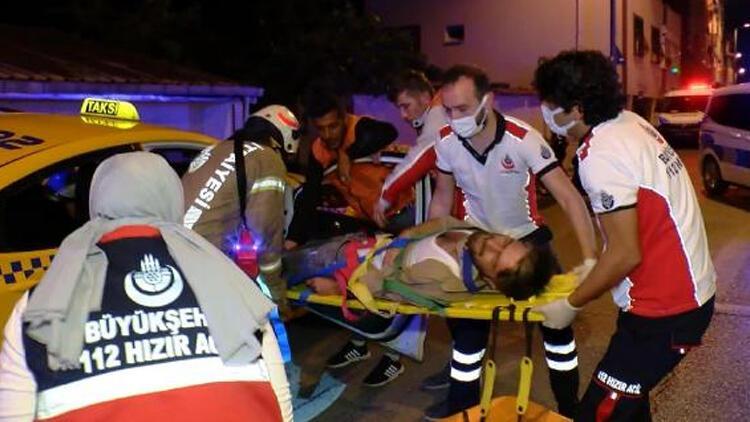 Taksi ve hafif ticari araç çarpıştı: 1i ağır, 2 yaralı