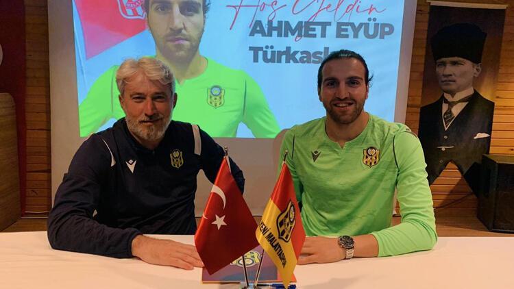 Yeni Malatyaspor, Ahmet Eyüp Türkaslanı kadrosuna kattı