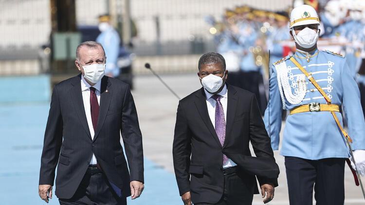Cumhurbaşkanı Erdoğan, Angola Cumhurbaşkanını resmi törenle karşıladı