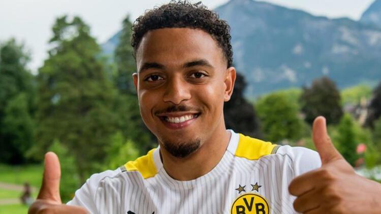 Borussia Dortmund, PSVden Donyell Maleni kadrosuna kattı