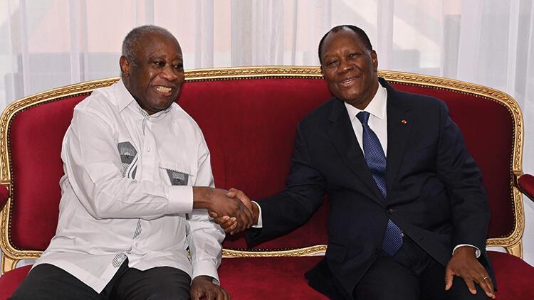Fildişi Sahili Cumhurbaşkanı Ouattara, 10 yıl aradan sonra selefi  Gbagbo ile görüştü