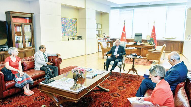 Kılıçdaroğlu KESK heyetini kabul etti
