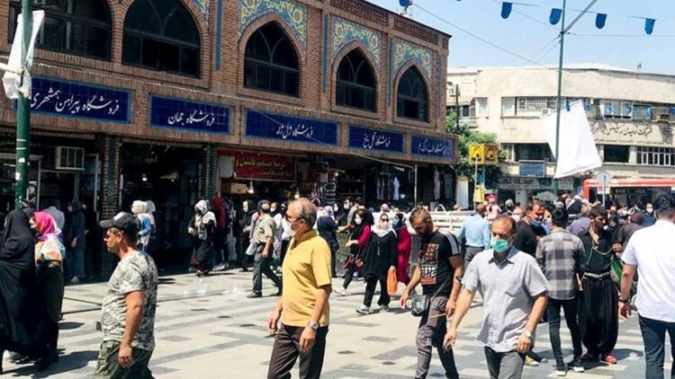 İranda Kovid-19 ölümleri 90 bini geçti