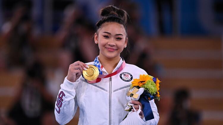 Tokyo 2020de Simone Bilesın çekildiği finalde altın madalya yine ABDye gitti Sunisa Lee...