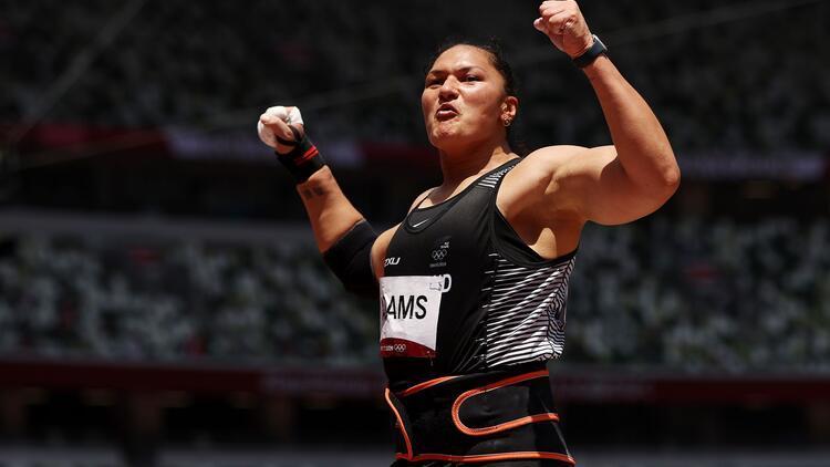 Tokyo 2020de bronz madalya kazanan Valerie Adamstan tarihi başarı