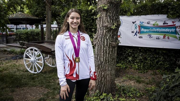Cimnastik Dünya Şampiyonu Ayşe Begüm Onbaşı KPSS 2021 sınavında soruldu - Ayşe Begüm Onbaşı kimdir