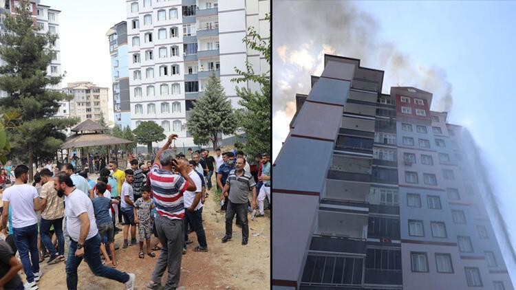 Gaziantepte 13 katlı binada yangın Oturanlar tahliye edildi