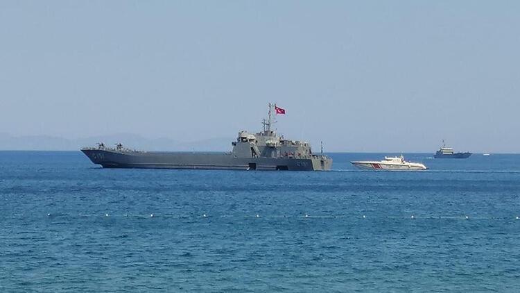 Son dakika... MSB: Marmariste denizden tahliyeye destek için 2 gemi sevk edildi