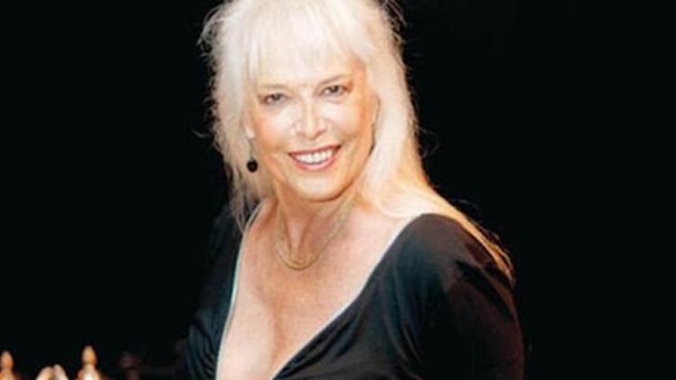 Christine Haydar (Haydar Paşanın gelini) kimdir Ajda Pekkana benzerliğiyle çok konuşulmuştu