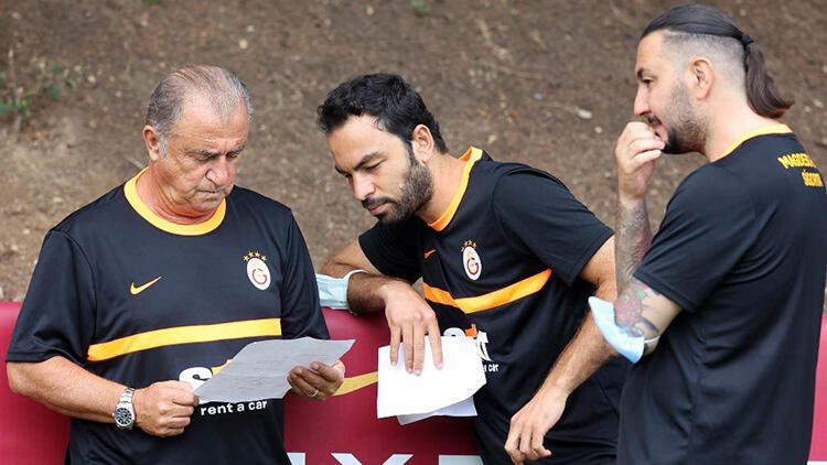 Son Dakika: Galatasarayda Fatih Terim sinyali verdi Selçuk İnan ve Necati Ateş sonrası...