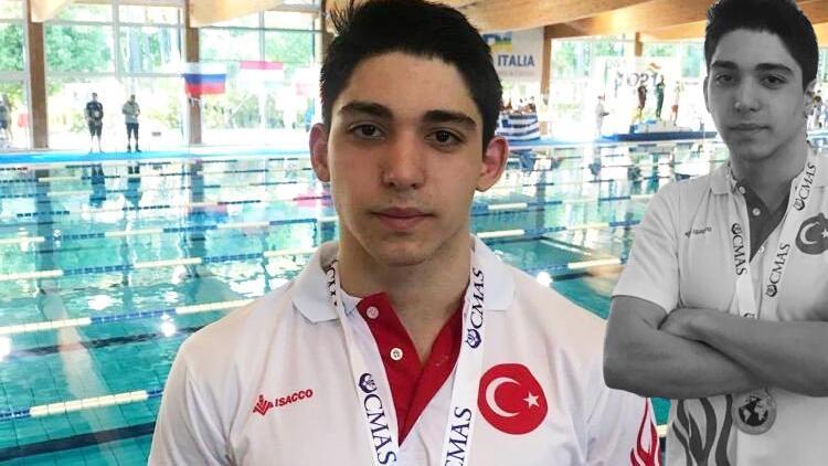 Paletli yüzmenin dünya şampiyonu sporcusu; Kaan Kahraman