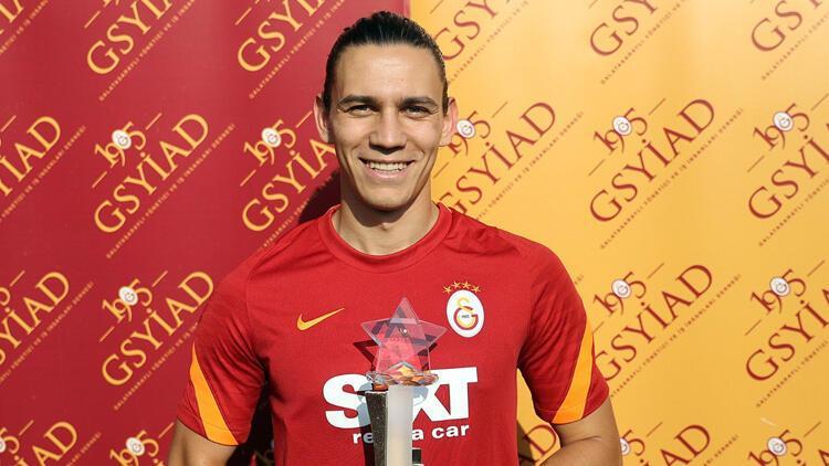 Galatasaraylı Taylan Antalyalıya Yılın Sporcusu ödülü