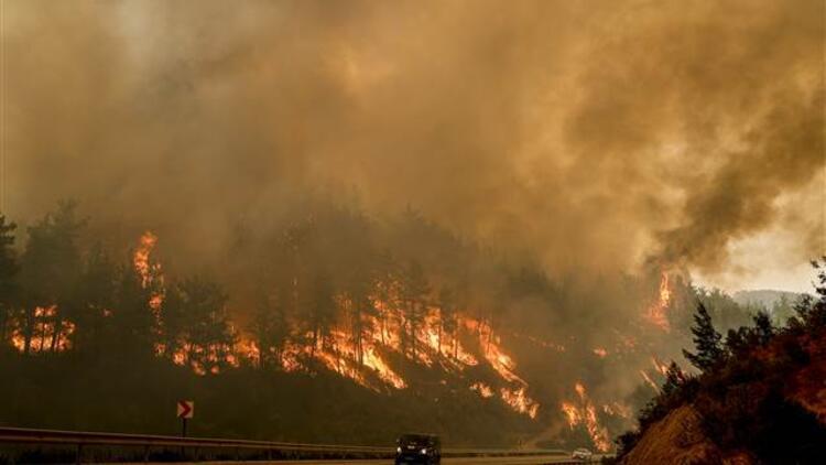 Orman yangınlarıyla mücadele bitmeden... Antalya için flaş uyarı geldi