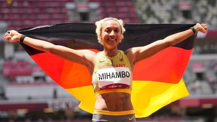 Tokyo 2020 uzun atlamada altın madalya Malaika Mihambonun