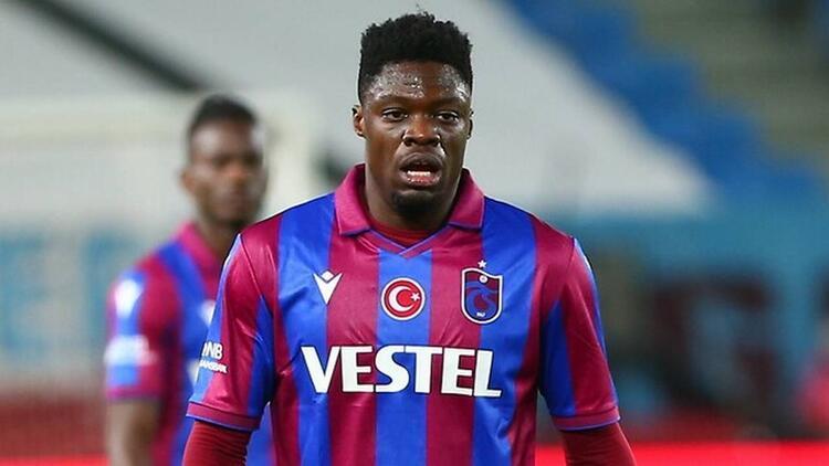 Transfer Haberleri: Ekuban, Genoa ile görüşmek için Trabzondan ayrıldı