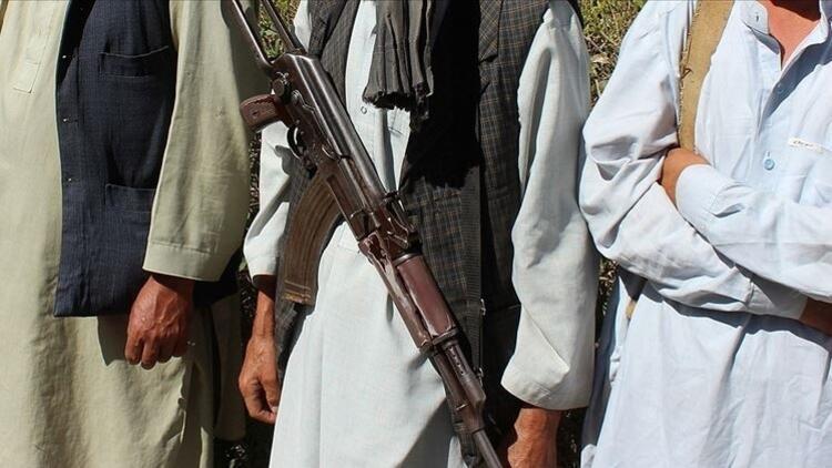 Afganistanda Taliban ile çatışmalar büyük şehirlerde devam ediyor