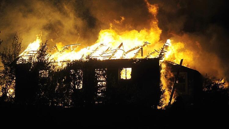 ABDnin California eyaletindeki yangında bir kasaba yok oldu