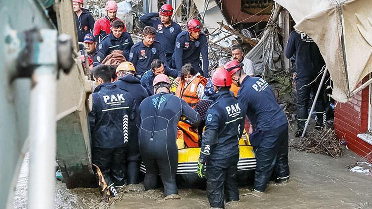 PAK 2 günde 300 kişi kurtardı