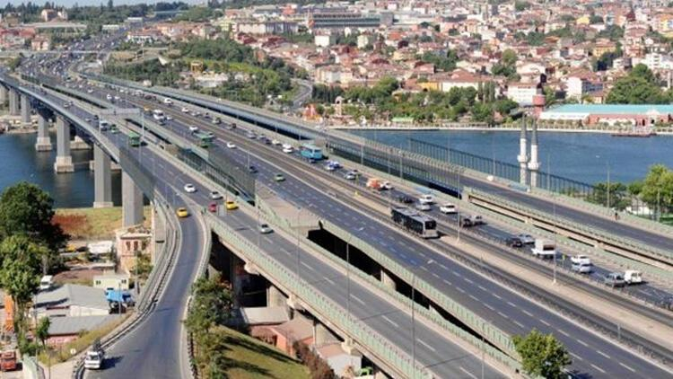 İstanbullular dikkat 30 Ağustos provası ve töreni nedeniyle bu yollar trafiğe kapatılacak