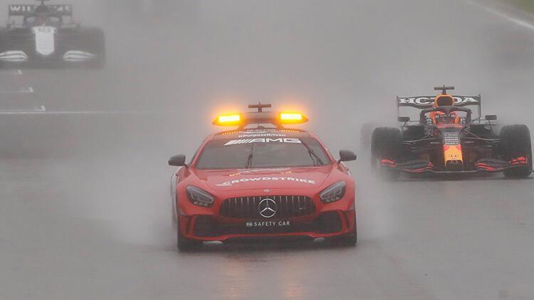 Formula 1 Belçika Grand Prixine yağmur engeli Kazanan...