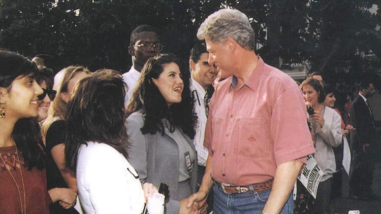 Clinton - Monica Lewinsky skandalı bir diziyle yeniden gündemde O sahneyi çıkarmak haksızlık olacaktı...