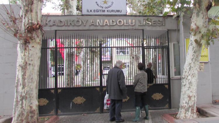 Kadıköy Anadolu Lisesi'nde tepki çeken yerleştirmeye soruşturma