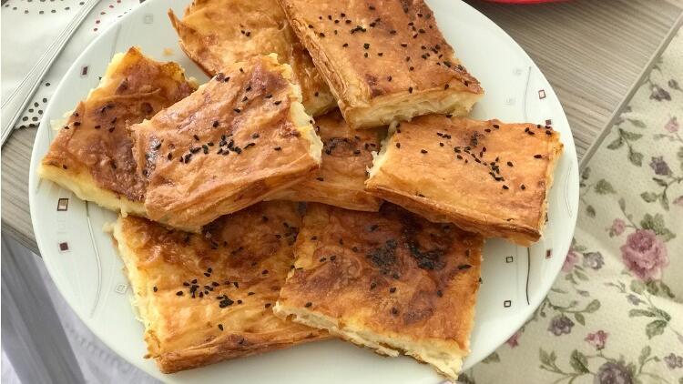 Arnavut Böreği Tarifi (Ispanaklı)