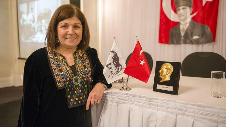 Atatürkçü Düşünce Dünya Platformu Başkanı Jale Özer Swailes oldu
