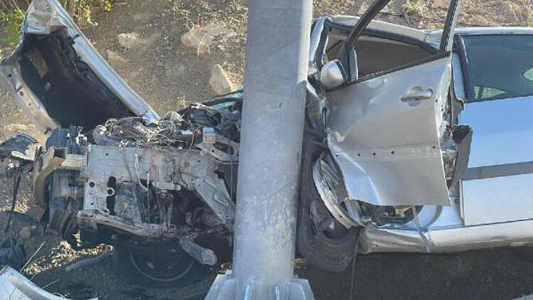 Korkunç kaza Sürücü ağır yaralı